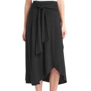 GAP black knit wrap midi skirt size small